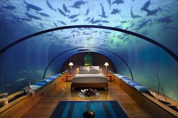 هتل های عجیب زیر دریا